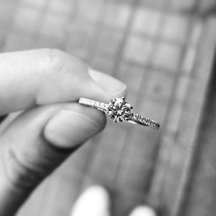 anillos de brillantes de oro blanco