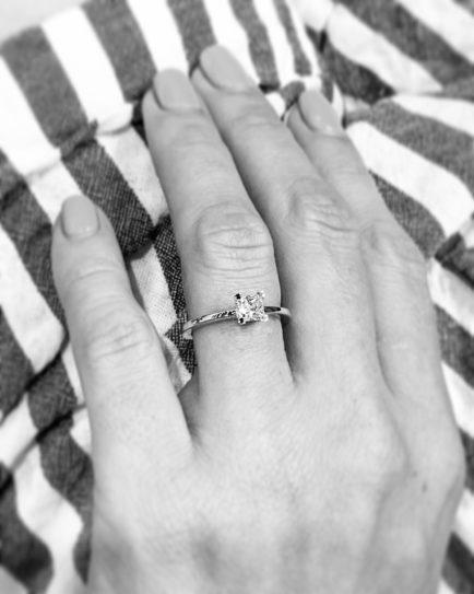 anillos de compromiso talla princesa