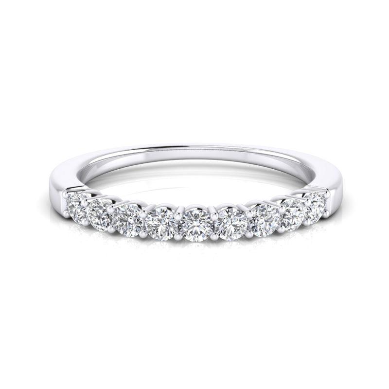 alianza de diamantes clásica