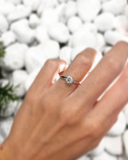 anillos de compromiso joyeria barcelona