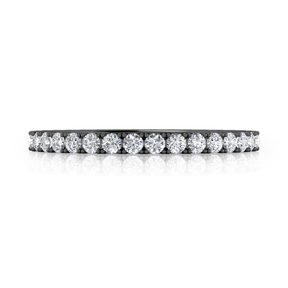 Anell de compromís en or negre amb 42 diamants