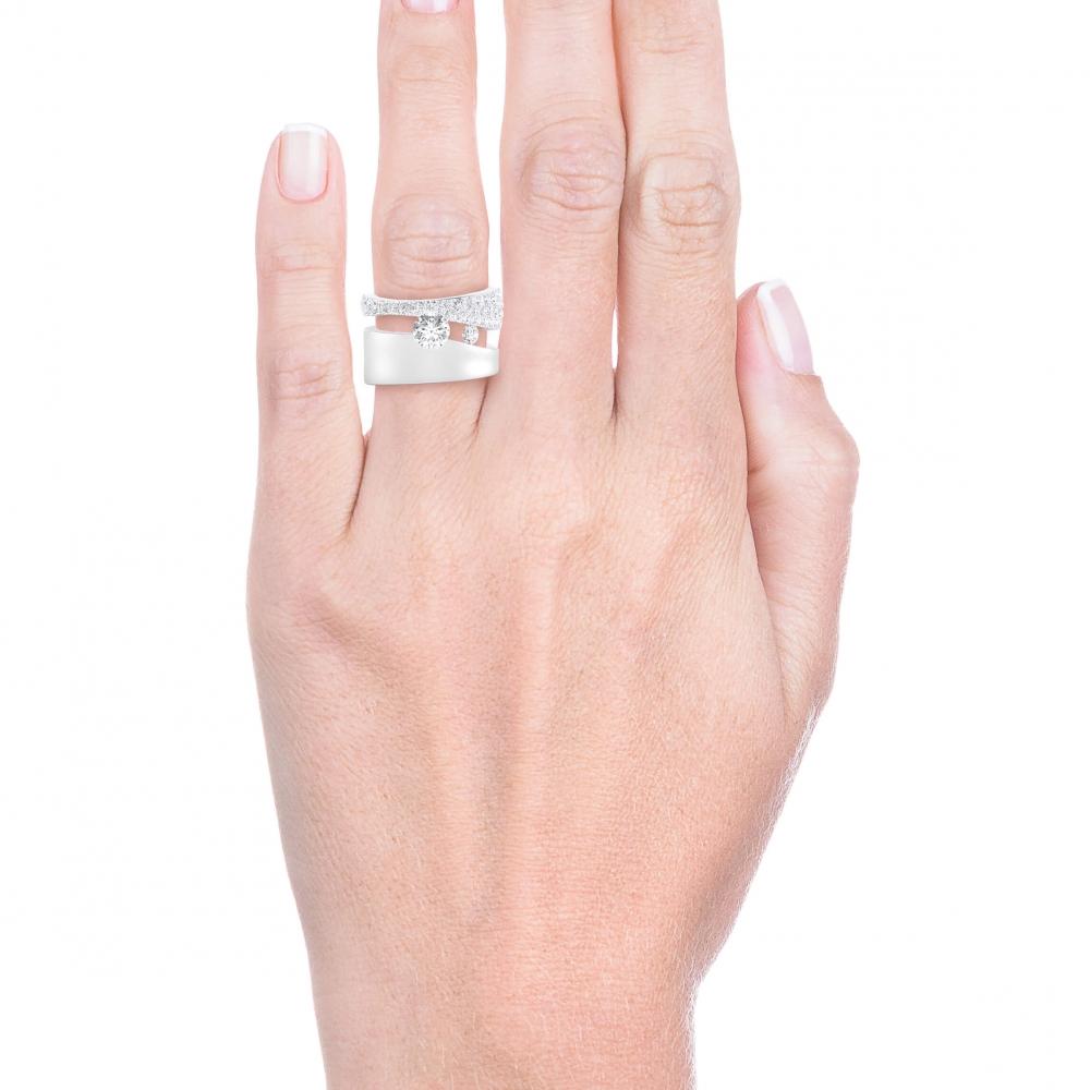 Anells de Compromis en or blanc 18k 61 diamants