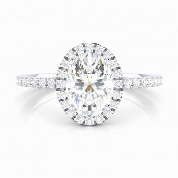 Anell amb diamant oval i orla de brillants
