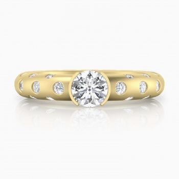 Anell en or groc 18k amb 56 diamants