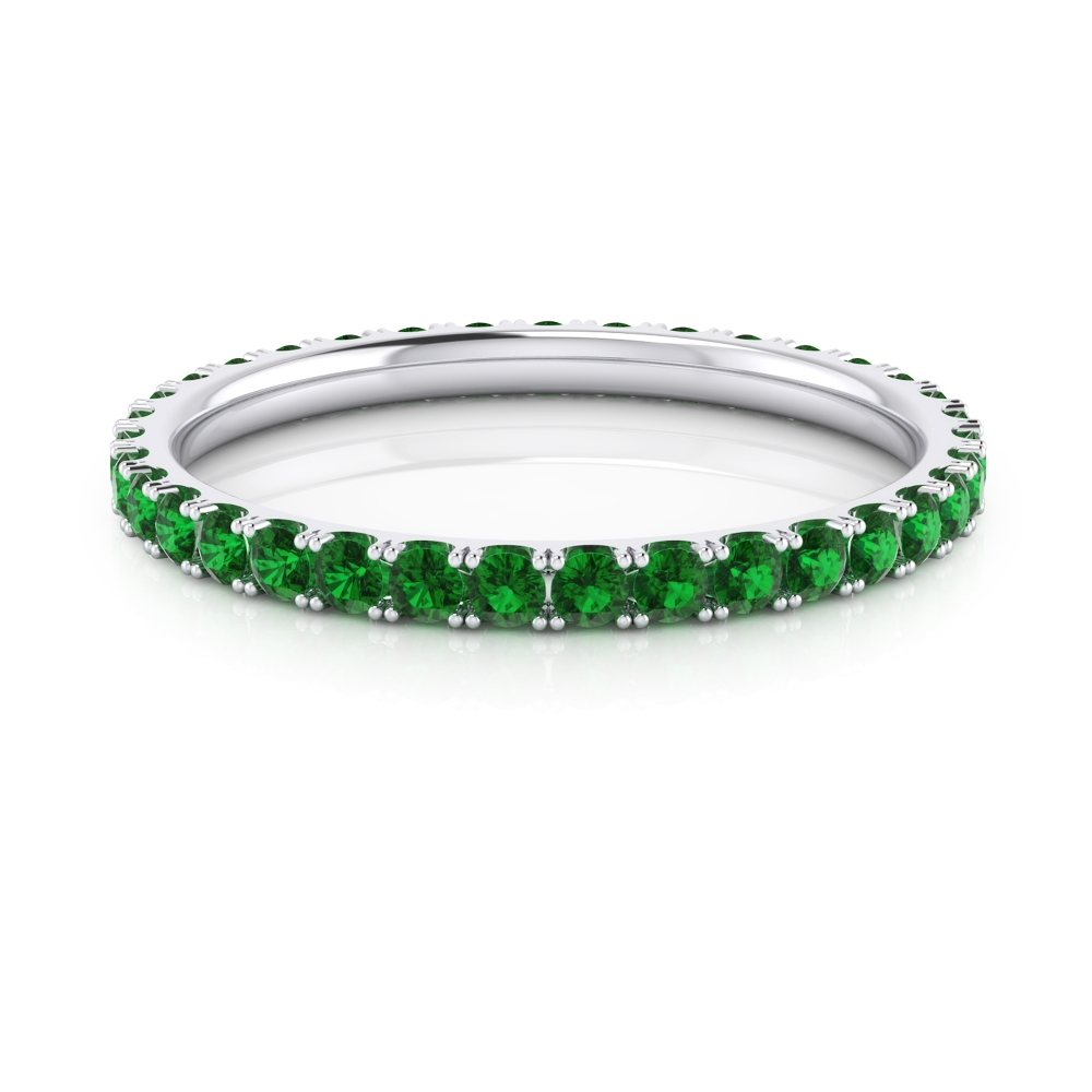 Esmeralds ring made of 18k white gold