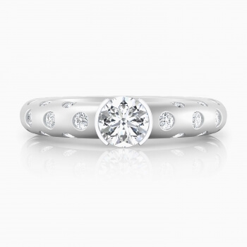 Engagement Rings 18k white gold 56 brilliant cut diamond