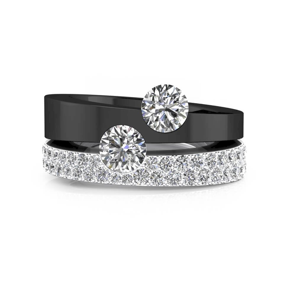 Black and white gold Engagement Rings with diamonds and 2 central diamonds