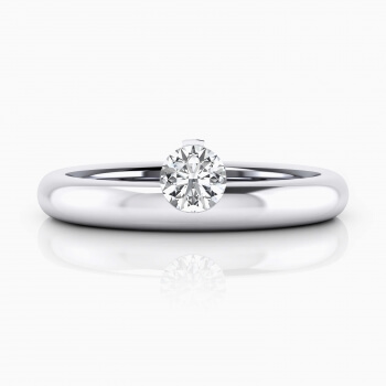 White gold Engagement Rings with a central diamond