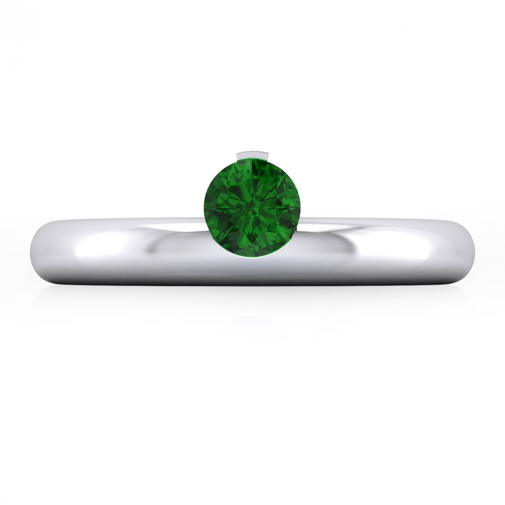 White gold Engagement Rings with a natural Emerald