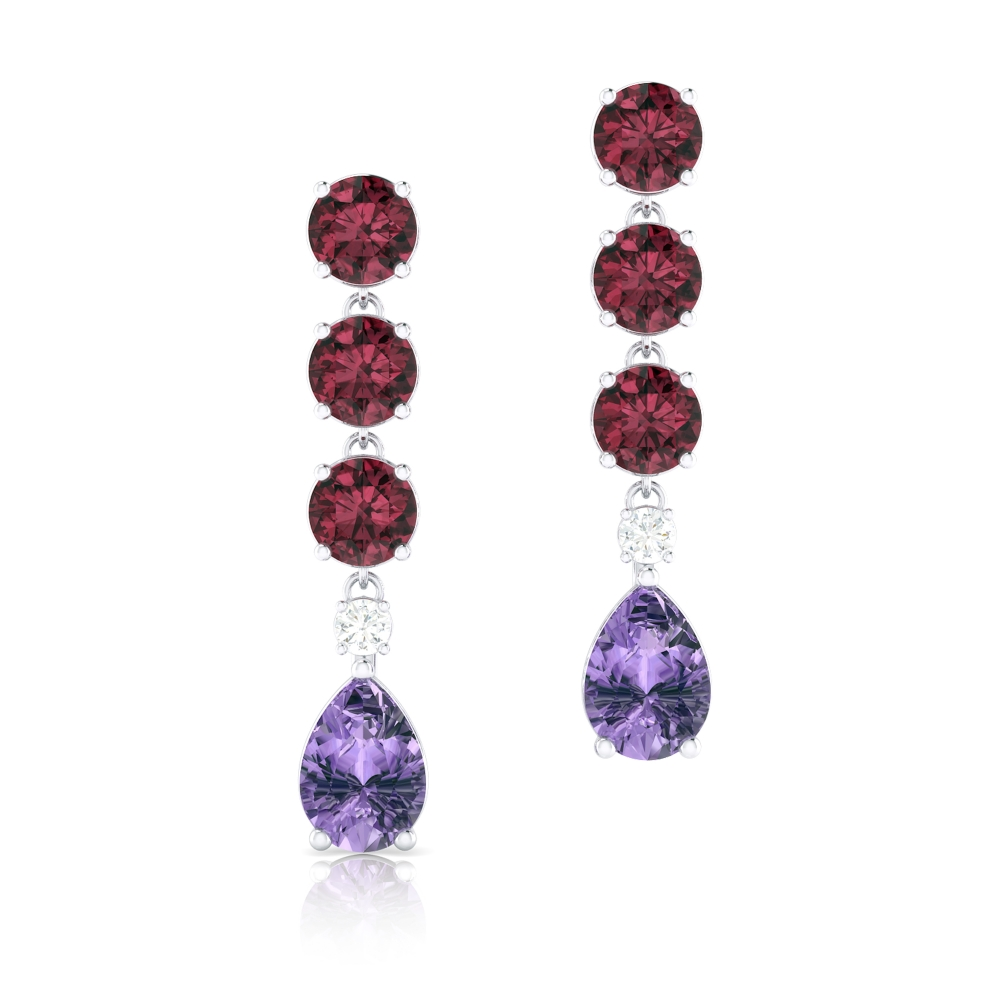 Long earrings in 18k gold with Rhodolite, Amethysts and diamond
