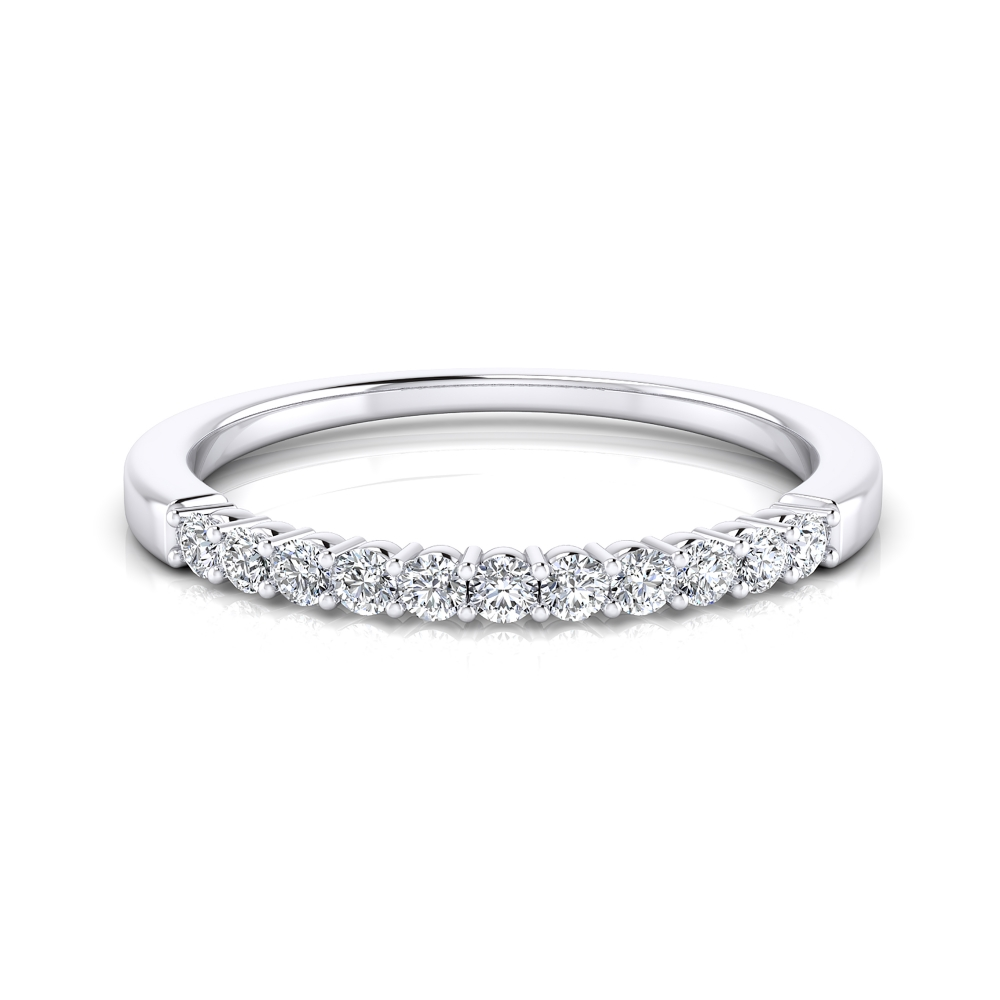 Lovely wedding ring made of 18K white gold