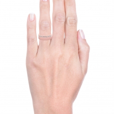 Alianza de boda de oro rosa de 18k con 26 diamantes