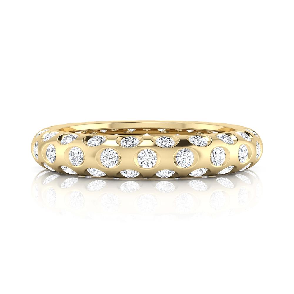Anillo de compromiso de oro amarillo y 60 diamantes