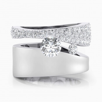 Anillos de compromiso de oro blanco de 18k con 61 diamantes
