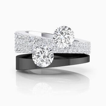 Anillo de diamantes de oro blanco con diamantes y 2 diamantes centrales