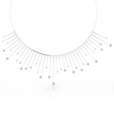 Collares de oro blanco de 18k con 18 diamantes