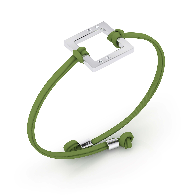 Brazalete en plata con cordón en piel verde, con 4 diamantes